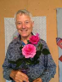 Kaffe Fassett with the rose named after him. Photo courtesy of Brandon Mably.
